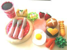 Felt food Breakfast & Dinner set