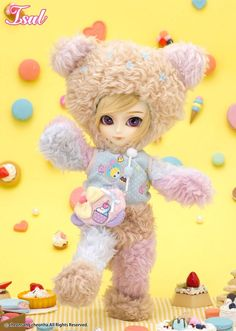 Name :  Gosomi / *Available Now  / Accessories: Doll Stand  / Feeling:Welcome to my wonderful kingdom!! Whipped cream fields and a macaron forest... The colorful candies are gifts from the sky... Come on, let's go hide in the cotton candy castle together... Situation Like So.