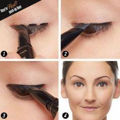 como delinear #HowToApplyEyeliner Eyeliner Hacks, Simple Eyeliner, Perfect Eyeliner, Eyeliner Styles, Best Eyeliner, How To Apply Eyeliner, Makeup Hacks, Eyeliner Pencil, Black Eyeliner