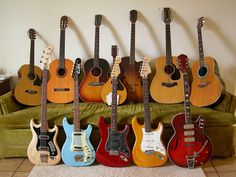 I love music so much... guitars