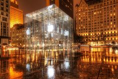 ...Aaaaand - SCENE!  The Apple store in New York doesn't actually look this good.  Trey just makes it seem so.