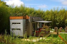 Australia tiny houses.