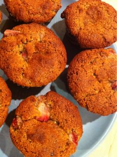 Eat Healthy, Be Happy: Paleo Strawberry Muffins!