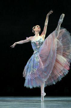 Ballet Art, Ballet Dancers, Ballerinas, Dance Costumes Ballet, Ballerina Costume, Ballerina Dancing, Bolshoi Ballet, Dance Photos, Dance Pictures