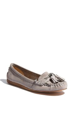 love these. so preppy and good transitional shoe for spring and summer.