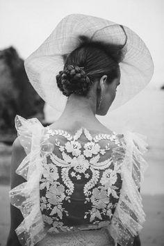 Transparencias y detalles bordados. Bouret 2017 Novias. #bodas2017