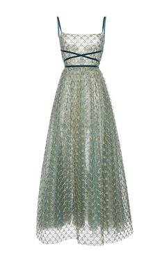 Shop Embroidered Tulle Ballerina Dress With Velvet Details . This **Luisa Beccaria** gown features gold threadwork and beaded embroidery, a fitted bodice, and a full skirt. Tulle Ball Gown, Tulle Dress, Dress Up, Green Evening Dress, Evening Dresses, Green Gown, Pretty Dresses, Beautiful Dresses, Beaded Evening Gowns