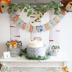 Make your little one's first birthday wildly spectacular with help from this Woodland Party decorating kit. Your little birthday girl or guy will love the . 1st Birthday Boy Themes, Boys First Birthday Party Ideas, 1st Birthday Decorations, Wild One Birthday Party, 1st Birthday Parties, Fairy Birthday, Birthday Cakes, Woodland Party, Spongebob Birthday Party