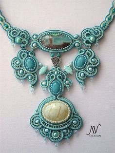 Highly statement necklace handmade using the soutache embroidery technique with Swarovski crystals A finalist in the 2013 Bead Dreams competition Jewelry Crafts, Jewelry Art, Beaded Jewelry, Jewelry Accessories, Fashion Accessories, Handmade Jewelry, Jewelry Design, Handmade Necklaces, Turquoise Jewelry