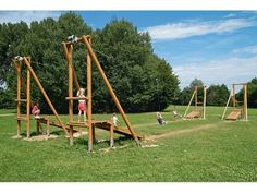 Kids Backyard Playground, Backyard For Kids, Zip Line Backyard, Cool Playgrounds, Jeux Xbox One, Outside Games, Outdoor Gym, Camping, Outdoor Activities