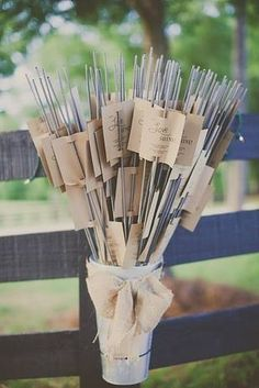 DIY wedding ideas and tips. DIY wedding decor and flowers. Everything a DIY bride needs to have a fabulous wedding on a budget! Perfect Wedding, Fall Wedding, Rustic Wedding, Dream Wedding, Wedding Blog, Budget Wedding, Wedding Venues, Wedding Photos, Trendy Wedding