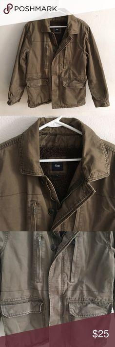 Gap Men's Medium Coat Brand: Gap  Size: Medium  Smoke free and pet friendly home GAP Jackets & Coats