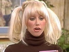 Suzanne Somers as Chrissy Snow in brown turtleneck Three's Company celebs in turtlenecks Sally Field Gidget, Chrissy Snow, 1970s Hairstyles, Kristy Mcnichol, Adrienne Barbeau, Victoria Principal, Yvonne Craig, Suzanne Somers, Julie Newmar