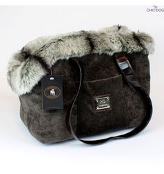 #dogbag by Homerdog - super warm, comfortable and cozy , yet stylish and chic. GRey and green nouance | Trasportino borsa invernale per cani #Chic4Dog