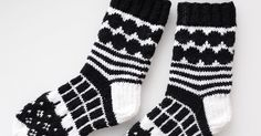 marimekko villasukat / marimekko socks (handmade in finland) Crochet Socks, Knit Or Crochet, Knitting Socks, Hand Knitting, Marimekko, Knitting Charts, Knitting Patterns, Black And White Socks, Knit Art