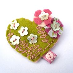 sweet little heart made with felt and buttons