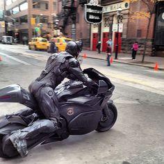 Robocop is back and his motorcycle is sweeeeeet.