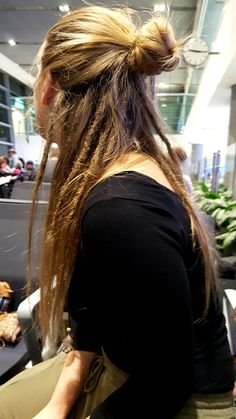 Dread bun ginevra_zen rasta braids frisuren love rasta hair braid clip in hair wrap tree of life charm peace sign charm bla rasta braids life rasta braids life rasta braids wraps rasta hair braids rasta hair braids Half Dreads, Partial Dreads, Braided Hairstyles Updo, Natural Afro Hairstyles, Dreadlock Hairstyles, Cool Hairstyles, Natural Dreads, Natural Hair, School Hairstyles