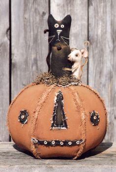 Primitive Pattern Old Jean Jacks image 1 Primitive Halloween Decor, Primitive Autumn, Rustic Halloween, Primitive Pumpkin, Halloween Sewing, Pumpkin Art, Halloween Doll, Primitive Crafts, Cute Halloween