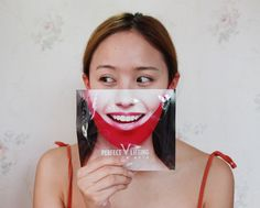 Avajar Perfect V Lifting Mask - Do you think your face is too round? 😖 Here's the solution! This mask can definitely help to change your round face to a more V shape face. V Shape Face, Skin Routine, Sheet Mask, K Beauty, Japanese Beauty, How To Introduce Yourself, Skincare, Change, Skin Care