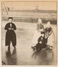 volendam ijsvermaak c  1917