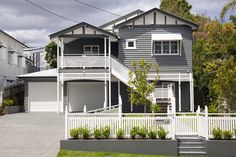 If you are looking for houses for sale Brisbane then you are in the right place. Madeleine Hicks real estate is Brisbane Northsides leading real estate House Exterior Color Schemes, House Paint Exterior, Exterior Colors, House Siding, Facade House, I Lak, Brisbane, Queenslander House, Looking For Houses