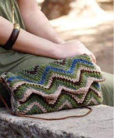 Crochet Clutch Zigzag #Crochet bag #@Af's 22/4/13