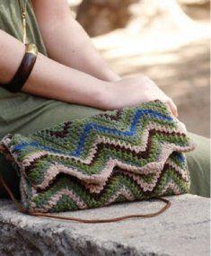 Crochet Clutch Zigzag #Crochet bag #@Af's 22/4/13