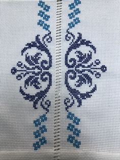 Cross Stitch Embroidery, Embroidery Patterns, Crochet Jewelry Patterns, Cross Stitch Borders, Preschool Crafts, Needlepoint, Diy And Crafts, Tapestry, Cross Stitch Font