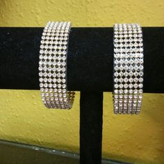 2 for $5 Gold or Silver/Rhodium Rhinestone Stacked Chain Link Bracelet #2for5 #Gold #Silver #Rhodium #Rhinestone #Stacked #ChainLink #Bracelet #2for5GoldRhinestoneStackedChainLinkBracelet #2for5SilverRhinestoneStackedChainLinkBracelet #2for5RhodiumRhinestoneStackedChainLinkBracelet #GoldRhinestoneStackedChainLinkBracelet #SilverRhinestoneStackedChainLinkBracelet #RhodiumRhinestoneStackedChainLinkBracelet #RhinestoneStackedChainLinkBracelet #StackedChainLinkBracelet #ChainLinkBracelet…