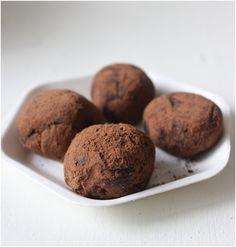 Vegan truffles with coconut cream