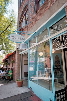 Quite possibly the cutest shop entrance. One Girl Cookies Bakery in Coble Hill Brooklyn, NY