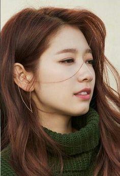 Park Shin Hye - 2017 (Love her sweater! Korean Beauty, Asian Beauty, Gwangju, Asian Celebrities, Korean Artist, Korean Women, Korean Gf, Korean Star, Beautiful Asian Women
