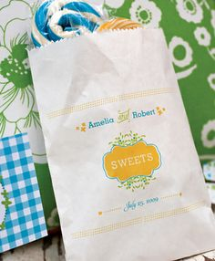 A candy buffet offers guests a variety of take-home treats, including old-fashioned gourmet lollipops in custom-designed favor bags. Candy Bar Wedding, Diy Wedding, Wedding Favors, Wedding Ideas, Wedding Poses, Wedding Pictures, Dream Wedding, Candy Buffet, Dessert Buffet