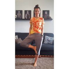 Knot, Capri Pants, Take That, Yoga, Sewing, How To Make, Pictures, Instagram, Fashion