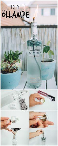 DIY Idee: Öllampe aus Design Weinflasche selber machen. Eine Öllampe für weniger als 5 EUR einfach selbst gemacht. DIY Anleitung Deutsch | Dekoration für Garten, Balkon, Terrasse #breewein, #weinliebe