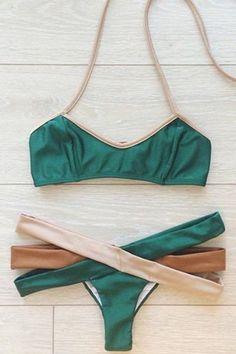 Hollow Out Halter Bikini Set                                                                                                                                                                                 Más