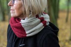As Robins eye the winter berry clusters and Jack Frost himself gets ready to nip some noses and fingertips, it's time to wrap up warm. Nice and cozy, this 'Autumn Berry' cowl is a luxurious, soft and warm companion to mirror the season during walks in the forest. Simple to knit, easy to wear!