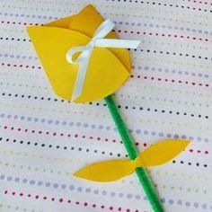 Preschool Crafts for Kids*: Mothers Day Tulip Card Craft Easy Mother's Day Crafts, Mothers Day Crafts For Kids, Mothers Day Cards, Preschool Crafts, Kids Crafts, Arts And Crafts, Paper Crafts, Card Crafts, Teach Preschool