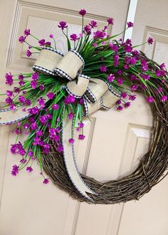 50 Attractive Spring Door Wreath Ideas For Your Home Decoration - Outdoor wreaths are a great decorating option today for indoors or outdoors. With such a wide selection of beautiful outdoor wreaths, they are popular. Spring Front Door Wreaths, Diy Spring Wreath, Diy Wreath, Grapevine Wreath, Tulle Wreath, Wreath Ideas, Etsy Wreaths, Ribbon Wreaths, Yarn Wreaths