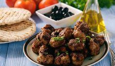Sulīgas gaļas un cukīni bumbiņas grieķu gaumē – keftedes