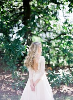 Style Meets Southern Charm for this Fashion + Floral Filled Bridal Shoot