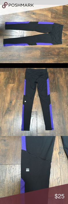 VSX sport leggings Size M long. Super cute and comfortable!! They have been washed and worn a few time but are still in great condition. There is some minor pilling in the crotch area as pictured. Victoria's Secret Pants Leggings