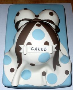 Baby Bump - My first baby bump cake - had a lot of fun making this one.