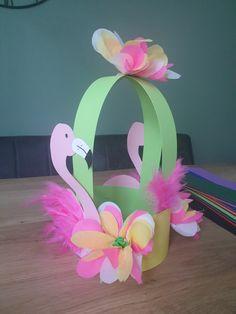Crazy Hat Day, Crazy Hats, Babysitting Activities, Paper Art, Halloween, School, Birthday, Party, Kids