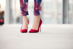 Who doesn't love a pair of classic red pumps! A must have for every wardrobe.