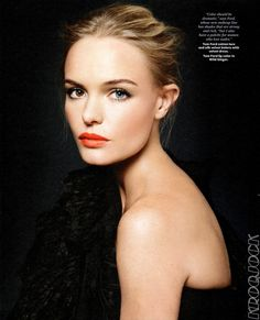 Coral/Orange Lips - I had to keep the original memo - always be proud of your uniqueness: Gorgeous Kate Bosworth has always been proud of her different-colored eyes. Kate Bosworth, Kate Make Up, Beauty Trends, Beauty Hacks, Pretty People, Beautiful People, Beautiful Eyes, Amazing Eyes, Simply Beautiful