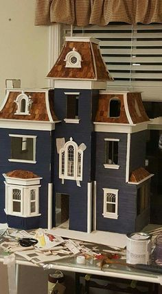 Dollhouse Kits, Dollhouse Miniatures, Beacon Hill Dollhouse, Doll House Plans, Tiny Furniture, Dream Doll, Mini Mini, House On A Hill, Tiny Treasures