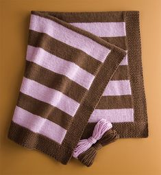 love my quick baby knits book and thinking of doing a rendition of this blanket for Baby H2 but in neutral colors