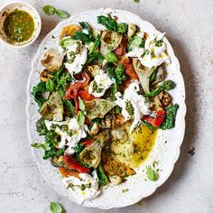 Salade met burrata & salsa verde recept - Jamie magazine